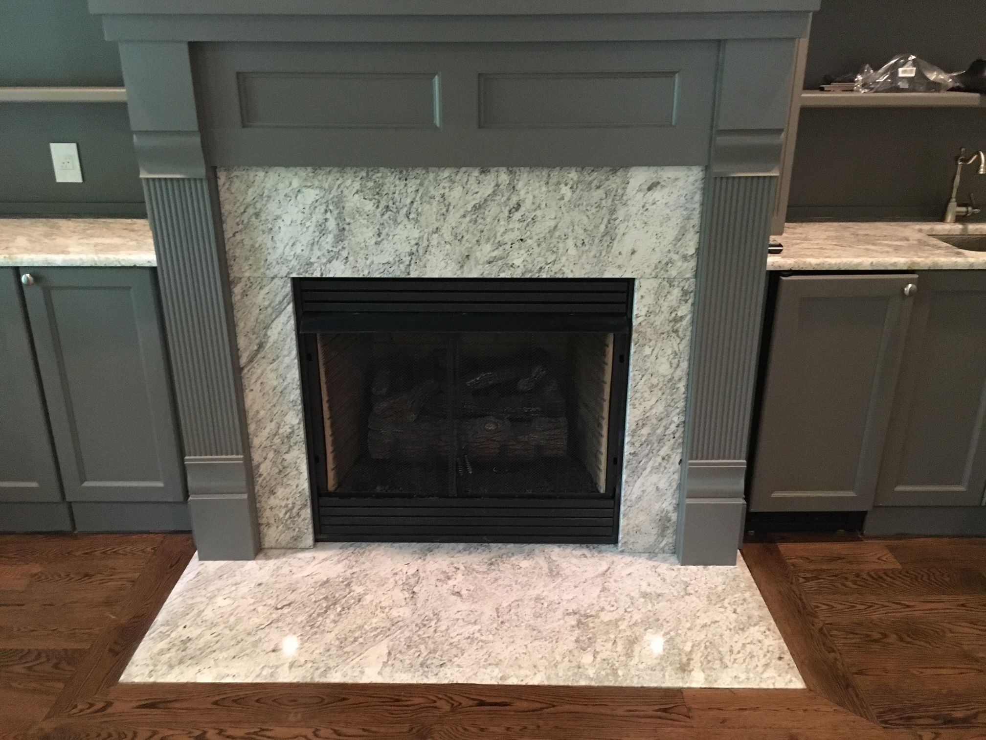 Carroll fireplace stonecraft inc for Stonecraft fireplaces